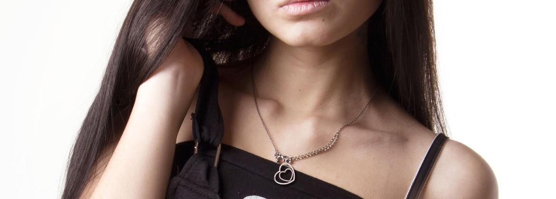 Collares y colgantes - Comprar Online en Joyasenroydiamante.com